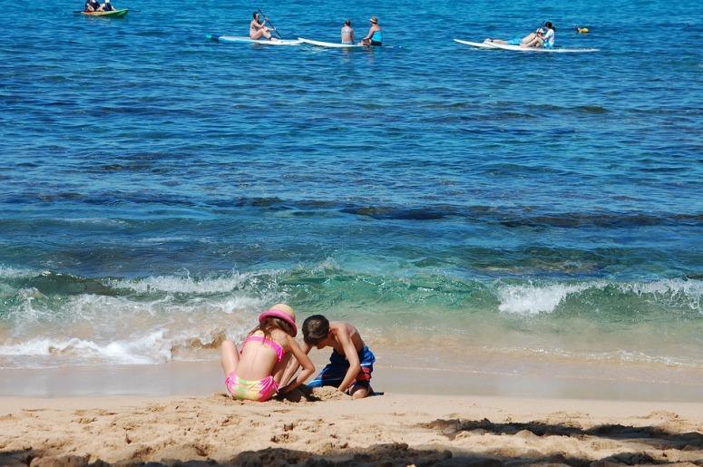 beach-1921378_960_720.jpg