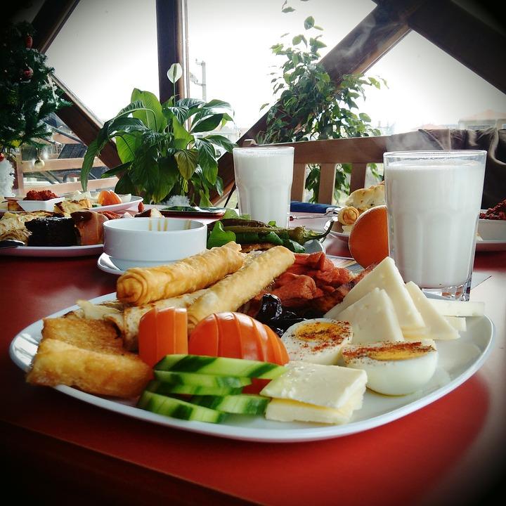 breakfast-1119612_960_720